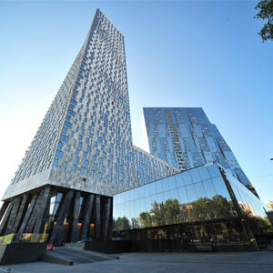Покупатели оценили жизнь в небоскребах: каждый 9-й выбирает квартиру, расположенную выше 30 этажа