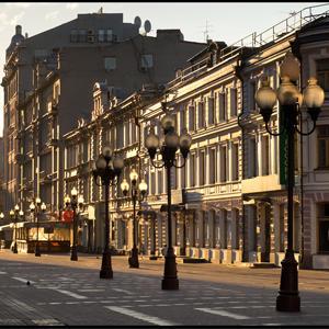 Стоимость квартир в пешеходных зонах Москвы выше на 21%