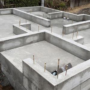 В миниполисе Серебрица завершены фундаментные работы в трех корпусах